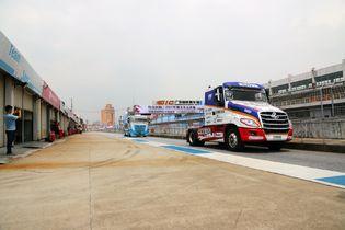 中欧选手同台竞技 2017卡车赛决战广东