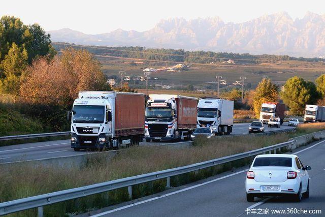 西班牙见闻:柴油10块钱一升 高速没有计重收费!